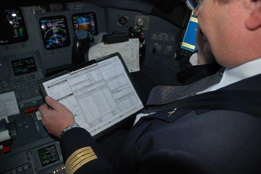 2,02 t de carburant consommées par le CRJ1000 NextGen, contre 2,5 t pour le Fokker 100 dans les mêmes conditions de vol