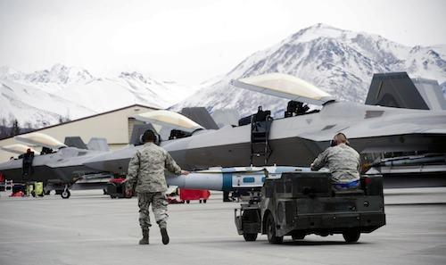 Le problème des F22 de l'US Air Force sont apparus en Alaska