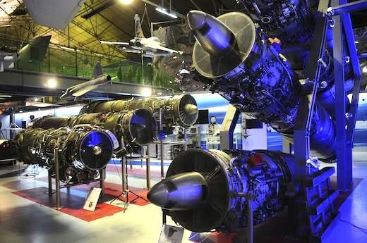 La plupart des moteurs exposés ont été restaurés par l'Association des Amis du Musée Safran (moteurs d'avions) ou par des anciens de SEP (moteurs-fusées).