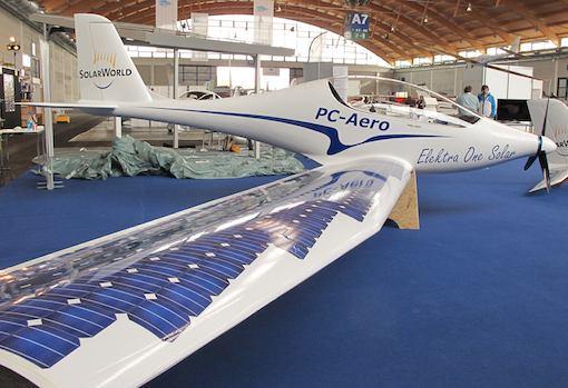 PC Aero introduit des cellules photovoltaïques sur un profil laminaire de l'Elektra One Solar