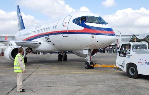 Le Sukhoi Superjet 100 au salon aéronautique du Bourget 2009