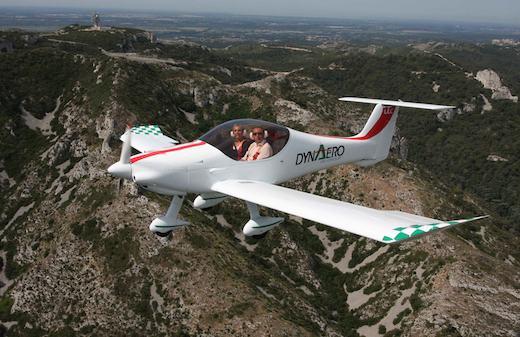 Le groupe AK a décidé de remettre à plat la gamme d'avions légers / ULM de Dyn'Aéro