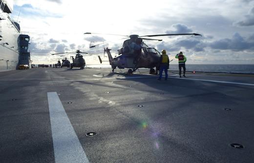 Le BPC de la Marine Nationale met en œuvre pour la première fois un Cougar rénové, un Tigre HAD et un hélicoptère NH90 Caiman « Terre »