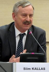 Siim Kallas, commissaire européen aux Transports, tonne contre le manque de soutien et le chacun-pour-soi des Etats membres.