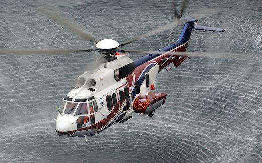 Le Caracal EC725 est un hélicoptère multi-rôles moderne de la classe des 11 tonnes conçu pour les opérations militaires, le transport de troupes, les missions de sauvetage et le soutien logistique.