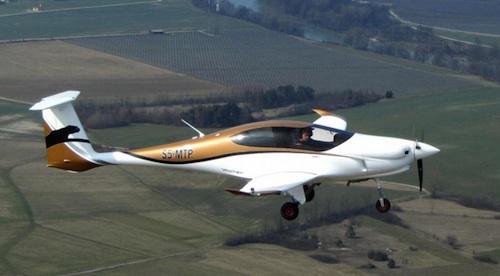 2. Moins d'un an après sa présentation au salon Aero de Friedrichshafen, le Pipistrel Panthera vole…