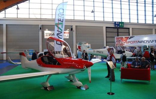 Les salons aéronautiques 2012 et 2013 ont permis au Groupe AK d'identifier les attentes des clients de Dyn Aéro