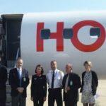 2. Lionel Guérin, Président-Directeur Général de HOP!, accueilli par Patrick Abate, Président de l'Aéroport de Metz-Nancy-Lorraine, le 27 mai 2013.