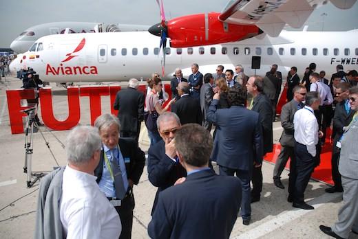 La compagnie latino-américaine Avianca prend livraison de son premier ATR 72-600 au salon Bourget