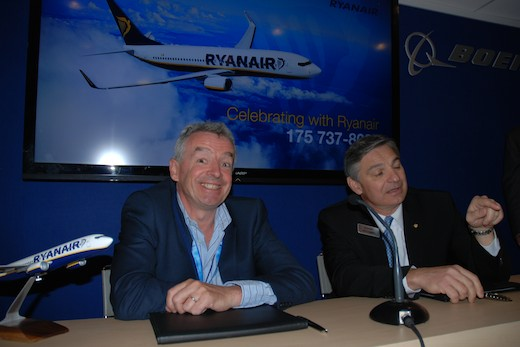 Michael O'Leary (Ryanair) et Ray Conner (Boeing)