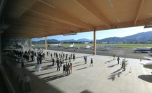 Le nouvel Hangar 16 sur l'aéroport d'aviation générale de Cannes-Mandelieu