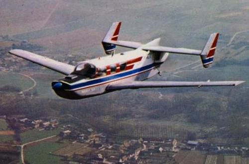 2. Le prototype du Jupiter 360-6 fut construit par MATRA et décolla pour la première fois en 1965.