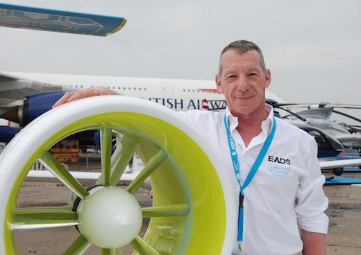 Didier Esteyne, directeur technique d'ACS, concepteur du Cri-Cri tout-électrique et de l'E-Fan