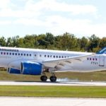 Le CS100 de Bombardier au retour de son premier vol