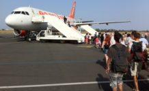 easyJet impose de nouvelles façons de voyager en avion à des passagers consentants…