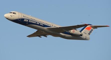 Le Fokker 100 de DGA-EV au cours de son premier vol. L'appareil n'emporte aucune charge externe.