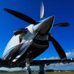 Le TBM900 est équipe d'une hélice Hartzell à cinq pales en composite