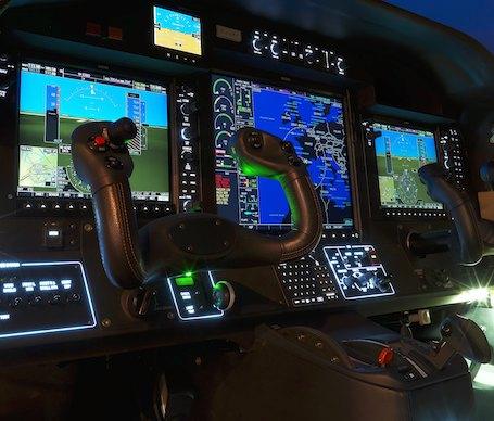 Un nouveau manche avec une dizaine de fonctions pour piloter le TBM900
