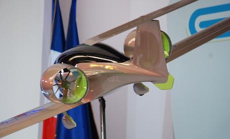 L'E-Fan 4.0 sera équipé d'un système alimenté au kérosène permettant de recharger les batteries en vol