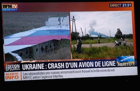 1. Contrairement au crash du vol MH370, cette fois, les chaines d'information en continu ne manquent pas d'images…