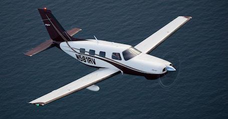 Le Piper Mirage (ci-dessus) comme le Matrix sont des monomoteurs rapides qui croisent à 213 kts (395 km/h)