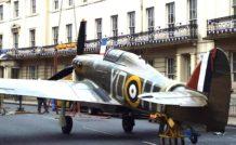 Un Hawker Hurricane dans les rues de York, pour le passage du Tour de France (6 juillet 2014)