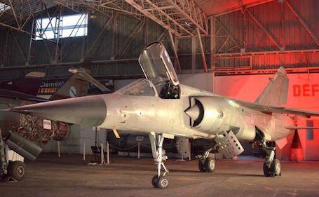 Mirage F1C-200 N° 202 ( 30-ML ).