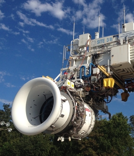 2. le LEAP-1A de CFM International, destiné à motoriser le programme A320neo, a tourné pour la première fois sur banc, le 4 septembre 2013