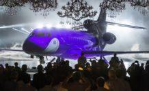 2. Dassault a dévoilé le Falcon 8X, sous nouveau vaisseau amiral, le 17 décembre 2014 à Mérignac