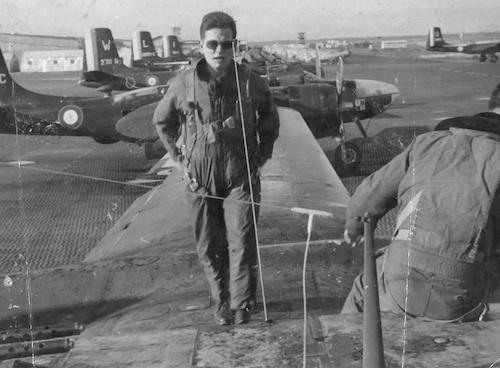 En 1959, à Bône (Annaba) en Algérie, où Germain Chambost était alors pilote de B-26
