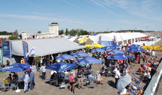 Pour la Fédération Française Aéronautique, organisatrice du 28ème championnat du monde de voltige, le succès est total, sportif et populaire…