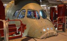 La pointe avant du fuselage du premier A350-1000 dans l'usine Airbus de Saint-Nazaire