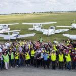 L'édition 2015 du Grass Cockpit Warter Tour a réunit 35 équipages, soit 107 pilotes dont 10 % de femmes.