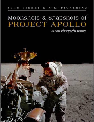 Moonshots et snapshots of Project Apollo