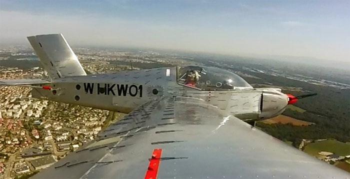 Le prototype HKW 01 est un avion ultra-léger (ULM-VLA) de loisir biplace dont la consommation de carburant et le coût à l'achat se veulent moins importants que les autres appareils de cette catégorie.