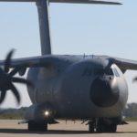 La possibilité d'un achat de quatre C-130J ne fait pas le bonheur d'Airbus Military, qui y voit une menace directe contre son A400M.