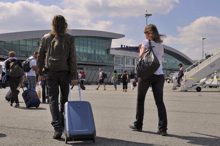 Six nouvelles lignes aériennes sont annoncées à Rennes pour 2016 et deux nouvelles compagnies aériennes ont confirmé leur arrivée sur la plateforme.