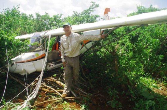 Le crash de décembre 2015 au Kenya est du à un carburateur bouché par de la poudre de papier des filtres à air coniques