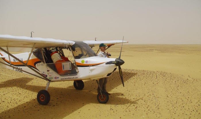 Thierry Barbier a équipé son ULM de deux réservoirs supplémentaires de 2 x 55 litres qui lui confèrent une autonomie dépassant 7 heures de vol