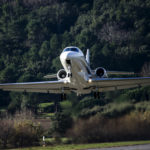 Le Citation Latitude de Cessna en courte finale à La Mole (Saint Tropez)