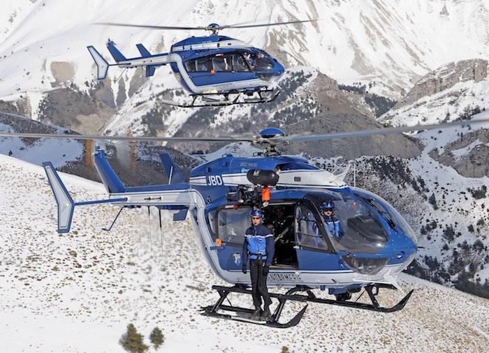 Deux démonstrations de treuillage de la Gendarmerie ou de levage d'une trentaine de minutes auront lieu chaque jour sur le site des Verdons.