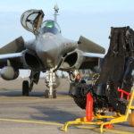 Un siège éjectable MkF16F de Rafale contient environ 3.500 pièces et pèse en moyenne environ 90 kg