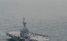Et voilà ! Fin de déploiement pour le Charles de Gaulle. A quelques encablures de Toulon, tous les oiseaux se sont envolés et le navire va pouvoir rejoindre son quai dans l'arsenal.