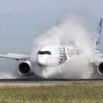 Test d'ingestion d'eau sur la piste d'Istres pour l'A350 XWB d'Airbus