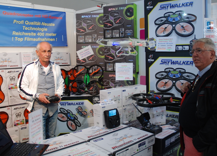 Selon l'étude du cabinet Olivier Wyman, le drone de loisir a généré 90 M€ de chiffres d'affaires en 2015. Il pourrait atteindre 190 M€ en 2025.