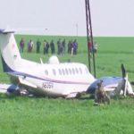 Le MC-12W, avion espion américain dérivé du Beech King Air, a interrompu sa mission de renseignement, dans un champ, en Irak