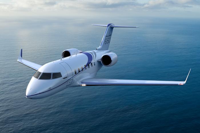 Dans la catégorie « intermédiaire » des avions d'affaires, le Challenger 650 canadien est en concurrence avec le Falcon 2000LX/LXS, le Legacy 600/650 et du Gulfstream G350.