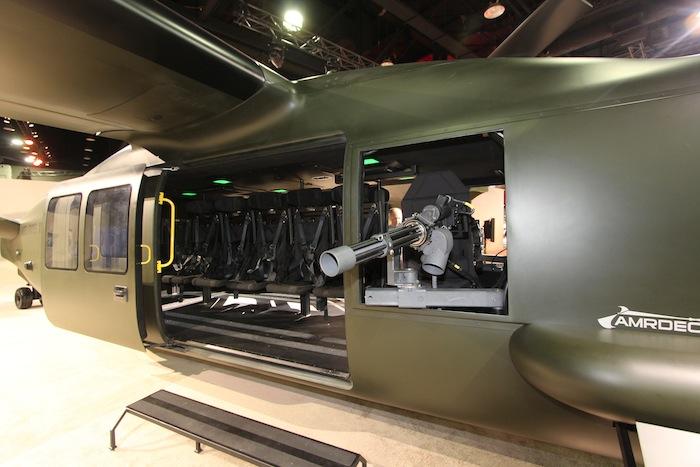 Il n'est pas de bon appareil militaire américain sans une solide puissance de feu… Le V280 étant de couleur sombre, sera-t-il possible de l'appeler « Dark Valor » ?