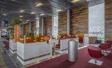 L'espace multimedia de la nouvelle salle d'embarquement d'Orly-Sud