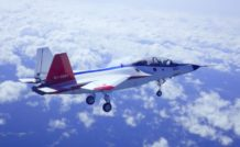 Le X-2 au cours de son premier vol, train sorti comme le veut la tradition et la prudence…